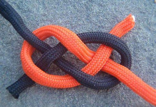 Узел для рыболовного крючка blood knot
