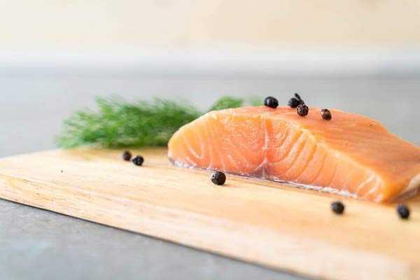 засолит красную рыбу правильно